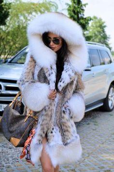 New 2018 lynx fur coat hood fox class- russian sable jacket mink chinchilla long Woman Coats womans fur coat Chinchilla Fur Coat, Fox Fur Coat, Fur Coats, Fur Hooded Coat, Lynx, Fur Fashion, Winter Fashion, Fabulous Furs, Coats For Women