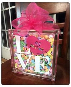 DIY Sweetheart Glass Block Tutorial a fun Silhouette project for Valentine& Day Valentines Day Food, Valentines Day Decorations, Valentine Day Love, Valentine Day Crafts, Holiday Crafts, Holiday Fun, Valentines Day Presents, Funny Valentine, Holiday Decor