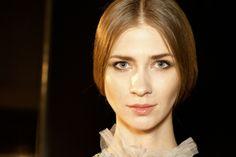 Consigue el look beauty de una novia: dentro del backstage de la Bridal Week