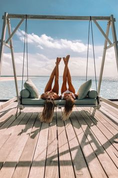 I just came back from a short but super beautiful trip with Linda Farrow to Dubai and the Maldives and even though I haven't found the time to look through all the pictures yet, I… Best Friend Goals, Friend Pictures, Photo Instagram, Beach Pictures, Wanderlust Travel, Belle Photo, Good Vibes, Summer Vibes, Besties