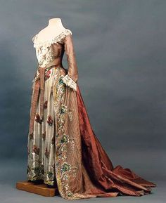 1780s Court dress of Empress Maria Fyodorovna (State Hermitage Museum - St. Petersburg Russia)