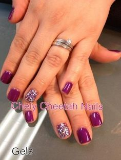 Chely Cheetah Nails. Gel Nails. Glitter & purple. by Zulay Ferrer