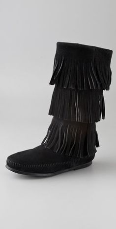 Minnetonka fring boots.. These are my favorite boots they are so comfy!!