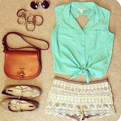 A cute teen fashion outfit!