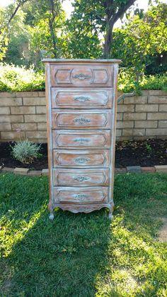 Stanley Lingerie Dresser FRENCH PROVINCIAL Dresser 7 drawer