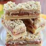 Apple Pie Snickerdoodle cookie bars 3 ingredients.. So simple