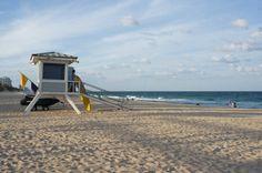 Fort Lauderdale, la plage de sable fin et la cabine de sauveteurs - Floride