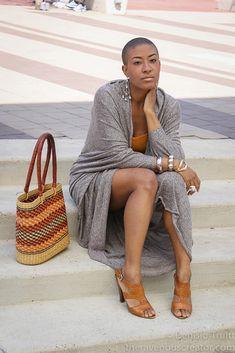 Yu wear it well! African Beauty, African Fashion, Bald Head Women, Shaved Hair Women, Bald Girl, Sassy Hair, African American Hairstyles, Short Styles, Ebony Women