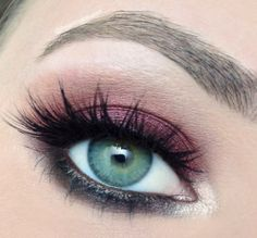 We are swooning over this look by Iheartmakeupart - Ashleigh using Motives Mavens Element palette! http://www.motivescosmetics.com/shoppingjinx/product/motives-mavens-element?id=1LMT&skuName=motives-mavens-element&idType=sku
