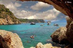Playa La Granadella Playa situada en Jávea, Alicante. Costa Blanca. Su extensión es de 200 metros por 20 metros de ancho.