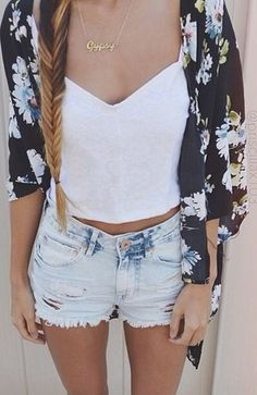 black and blue floral kimono, white v-neck crop top, light-washed distressed high-waisted shorts, gold necklace
