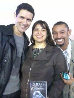 O escritor Daniel Moraes com os leitores queridos no Expo Mogi  #danielmoraes #bodasdepapel #selojovem