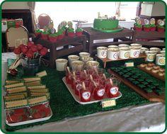 Jaime S's Birthday / Cricket Party Theme - Photo Gallery at Catch My Party Cricket Birthday Cake, 70th Birthday, Birthday Party Themes, Birthday Ideas, Popcorn Cups, Golf Theme, Themes Photo, Sports Party, Wedding Cupcakes