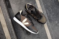 HOLIDAY LOW TOP LUREX GOLD BLACK GOLD