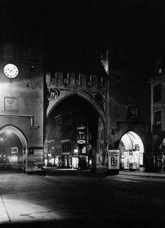 Karlstor at Night, 1930