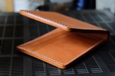 Men's Leather wallet Vegetabled Tan LeatherMinimal by turagoods