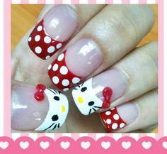 Hello Kitty Nail Art!
