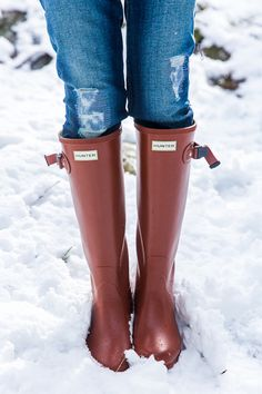 Hunter Tour Boots in Lava Red