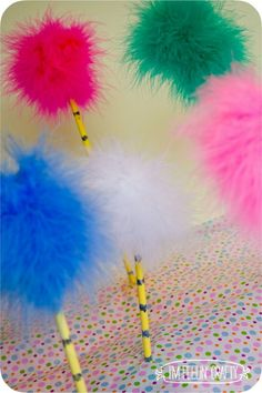 Cute DIY activity to make with your kids - Truffula Tree Pens!