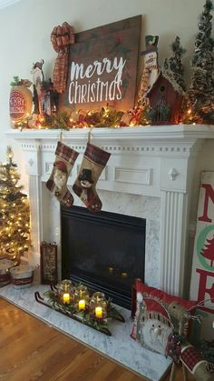50 elegant christmas mantel decor ideas - Best Christmas Mantel Decorations