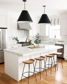 Dream Home Interior Modern Kitchen Scandinavian Kitchen, Scandinavian Interior Design, Interior Modern, Interior Design Kitchen, Interior Paint, Interior Ideas, Scandinavian Style Home, White Interior Design, Classic Interior