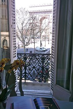 Haven in Paris : Luxury Vacation Apartment Rental: Etoile, Champs Elysees Apartment Rental