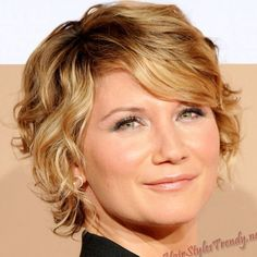 Very Short Wavy Hairstyles  - http://www.vivoni.eu/very-short-wavy-hairstyles.html