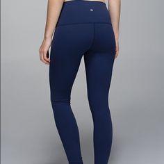 Lululemon leggings Navy blue lululemon leggings wunder under style. I prefer to sell ♏️ or ️️ lululemon athletica Pants Leggings