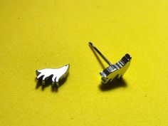 Howling Wolf Studs! Only $6! thenchantedforest.ca Wolf Howling, Enchanted, Studs, Cufflinks, Shop, Gifts, Accessories, Presents, Spikes