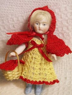 """RED RIDING HOOD 4 pc SET for 4-5"""" Miniature Antique All Bisque Doll HAND CROCHET"""