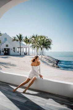 Florida Keys Road Trip | 5-Day Travel Guide - Dana Berez Key West Resorts, Key West Vacations, Beach Vacations, Florida Outfits, Summer Vacation Outfits, Boston Travel, Chicago Travel, Key West Outfits, Florida Keys