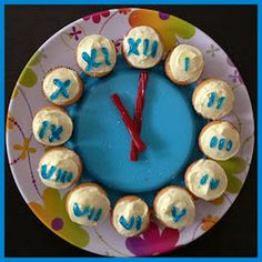 A clock cake and a full itinerary for New Year's Eve fun with kids!