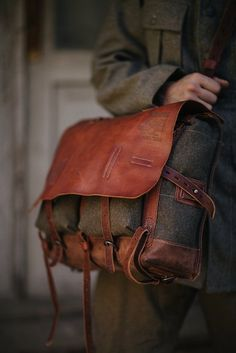 eb984c9fb344 Лучших изображений доски «сумки»  1478 в 2019 г.   Beige tote bags ...
