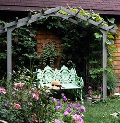 This easy-to-build arbor will become a peaceful retreat in your garden.