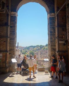 Friends Romans countrymen lend me your ears... #ancientrome #shakespeare #ahacourses #arthistory #rome #summer