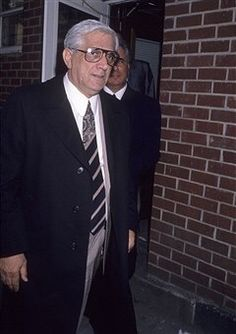 "Tony Lee & Gotti. Anthony ""Tony Lee"" Guerrieri (born 1929-died????)is a former soldier in the Gambino Crime Family under John Gotti."