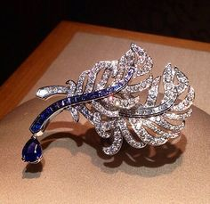 """Van Cleef & Arpels  """"Avec Panache """"Ring from the high jewellery collection """"Peau d'Âne"""" via @watch_jewel"""