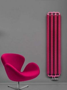 Tornado heating radiator: a vertical radiator in an industrial style. It has a strong visual impact. We offer this retro radiator in a wall mounted version. Tall Radiators, Horizontal Radiators, Modern Radiators, Kitchen Radiator, Mirror Radiator, Central Heating Radiators, Electric Radiators, Designer Radiator, Hide Wires