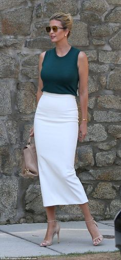 What Ivanka Trump is wearing today August 1 Dark green top, white skirt with back slit, taupe purse and heels. Sunglasses shades, hair in up-do. Ivanka Trump Outfits, Ivanka Trump Style, Work Fashion, Fashion Looks, Fashion Outfits, Womens Fashion, Fashion Design, Mika Brzezinski, Lysandre Nadeau