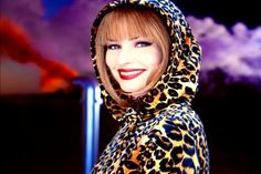 Mode Amplitude - Fashion & Culture: That don't impress me much , Shania Twain.