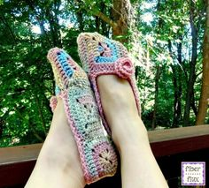 #Crochet slippers free pattern from @fiberflux