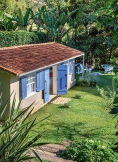 Casinha De Sonhos... Reforma em sítio transforma 3 galpões em uma casa aconchegante  em Secretário, vilarejo bucólico na serra fluminense