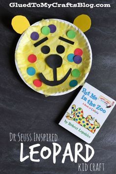 Dr Seuss Inspired Leopard Kid Craft is part of Cheap Kids Crafts Classroom - This Dr Seuss Inspired Leopard Kid Craft is not only simple and fun for those of all ages! It's also a great way to honor Dr Seuss on his upcoming birthday! Dr. Seuss, Dr Seuss Week, Daycare Crafts, Classroom Crafts, Toddler Crafts, Preschool Crafts, Crafts For Kids, Dr Seuss Preschool Art, Preschool Activities