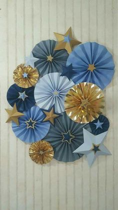 Navy and Gold Twinkle Twinkle Little Star Rosette Pinwheels >>> First Birthday Party >>> Baby Shower >>> Photography Backdrop by eventprint on Etsy Baby Birthday, First Birthday Parties, First Birthdays, Paper Rosettes, Paper Flowers, Paper Garlands, Shower Party, Baby Shower Parties, Twinkle Star Party