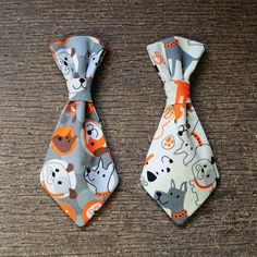 Dress up your dog with these adorable handmade dog ties! Perfect for small dogs! These ties slide easily on to your dogs collar and are made with fabric. Diy Dog Collar, Cute Dog Collars, Handmade Dog Collars, Dog Accesories, Small Dog Accessories, Wedding Accessories, Dog Clothes Patterns, Dog Crafts, Border Terrier