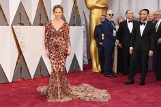 """Pin for Later: Chrissy Teigen Dressed Her """"Oscars Belly"""" in a Fresh-Off-the-Runway Marchesa Dress"""