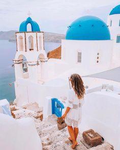 Oía Santorini, Greece with Callia, travelphotography, travel and wanderlust Oia Santorini, Wanderlust, Travel, Places, Viajes, Destinations, Traveling, Trips, Lugares
