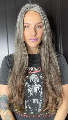 Grey Hair Don't Care, Long Gray Hair, Medium Hair Styles, Curly Hair Styles, Natural Hair Styles, Grey Hair Model, Charcoal Hair, Grey Hair Transformation, Grey Hair Inspiration