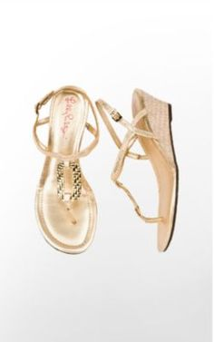 I want these Gold Wedges from Lily Pulitzer!