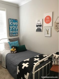 white guest room, bed and breakfast, resene double sea fog, beach house, kids bedroom Bedroom Paint Colors, Bedroom Color Schemes, Interior Paint Colors, Paint Colors For Home, Colour Schemes, House Colors, Interior Design, Kids Bedroom, Bedroom Ideas